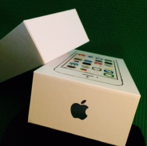 iphone boxCompressed